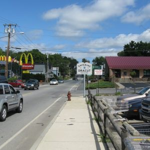 MA Route 38 northbound entering Dracut MA